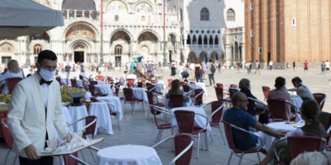 İtalya'da Covid-19 kaynaklı can kaybı 34 bin 938'e yükseldi