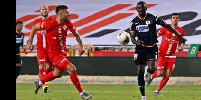 Derbide Gülen Taraf Antalyaspor