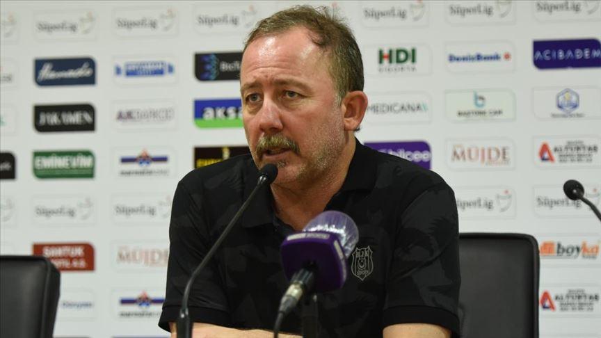 Sergen Yalçın: Üçüncülük mücadelesi veriyoruz ama önümüzdeki maçlar zor