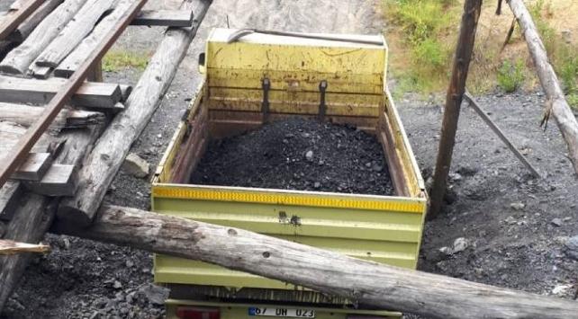 Ruhsatsız işletilen iki maden ocağı imha edildi