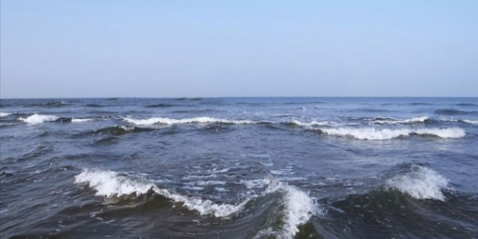İzmir'de serinlemek için denize giren kişi boğuldu