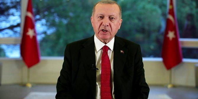 """Cumhurbaşkanı Recep Tayyip Erdoğan, """"Ulusa Sesleniş"""" konuşması yaptı."""