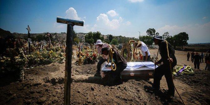 Kovid-19 nedeniyle son 24 saatte Brezilya'da 1262, Hindistan'da 1007, Meksika'da 627 kişi öldü