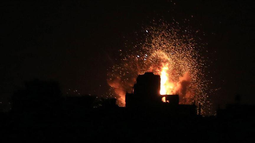 İsrail, Gazze'de Hamas'a ait bir noktayı vurdu