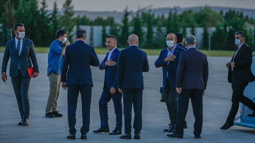 Cumhurbaşkanı Yardımcısı Oktay ve Bakan Çavuşoğlu yurda döndü