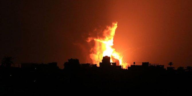 İsrail Gazze'de Hamas'a ait bir gözetleme noktasını vurdu