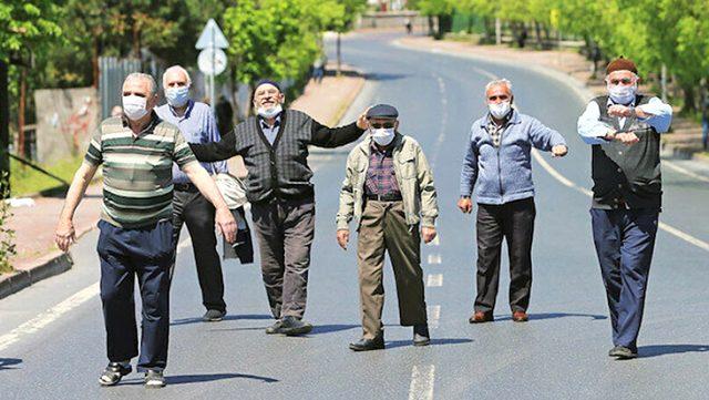 Sivas'ta 65 yaş üstü vatandaşların sokağa çıkma saatleri kısıtlandırıldı