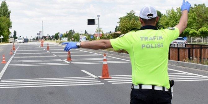 Trabzon'da tedbirlere uymayan 40 kişiye 72 bin lira ceza