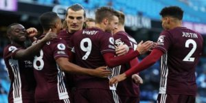 Çağlarlı Leicester, Manchester City'i ezdi geçti!