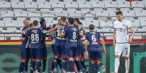 Antalya'da 3 puan tek golle geldi