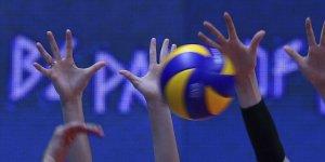 Deprem nedeniyle İzmir'deki voleybol maçları ertelendi
