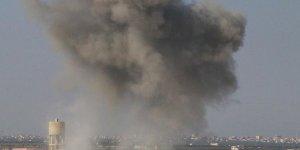 İdlib'e yoğun hava saldırıları devam ediyor