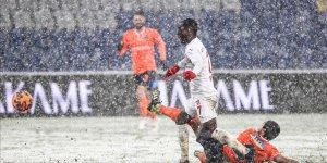Başakşehir'in iki haftalık galibiyet serisi sona erdi