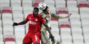 Sivasspor'da Yatabare ligde 6 haftalık suskunluğunu bozdu