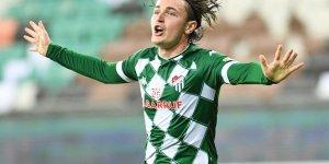 Bursaspor ile Ali Akman sözleşmesini karşılıklı olarak feshetti