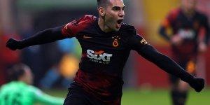 Yüz kemikleri kırılan Falcao'dan Galatasaray'a kötü haber