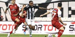 Beşiktaş Şampiyonluğu son haftaya bıraktı