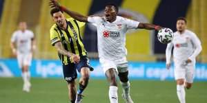 Fenerbahçe, şampiyonluk fırsatını geri tepti