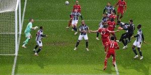 Liverpool kalecisi Alisson'un golüyle kazandı