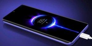 8 dakikada yüzde 100 şarj olan akıllı telefon