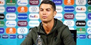 Cristiano Ronaldo'dan dikkat çeken kola mesajı!
