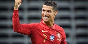 Ronaldo, Instagram'da 300 milyon takipçiye ulaşan ilk kişi oldu