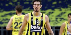 Nando De Colo Fenerbahçe Beko'da kaldı
