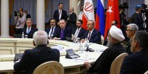 İstanbul zirvesinden önce Astana'da üçlü görüşme