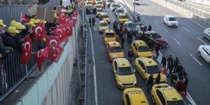 Taksicilerden 'Uber' eylemi