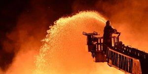 Esenyurt'ta yangın çıkan apartmanda 12 kişi mahsur kaldı