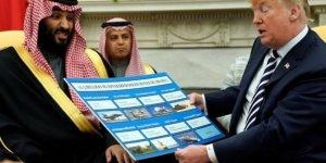 Trump, Prens Selman'a sattıkları silahları gösterdi!