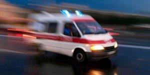Gümüşhane'de iki otomobil çarpıştı: 3 çocuk, 7 kişi yaralandı