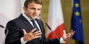 Macron: Putin'e karşı zayıf olmamalıyız