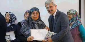 Düzce'de 23 kadın okuma-yazma öğrendi