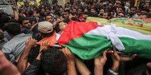 Filistinliler şehitlerini uğurladı