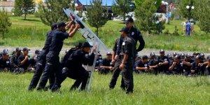 Suriyeli polislere zorlu eğitim!