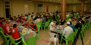 Türk Kızılayı Musul'da iftar verdi