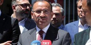 Bozdağ: İnce çıkıp Türkiye'den özür dilemelidir
