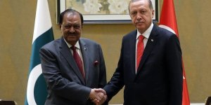 Erdoğan, Pakistan Cumhurbaşkanı Hüseyin ile bayramlaştı