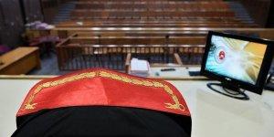 Mesleğe dönen hakim ve savcılar için 2 yıl şartı