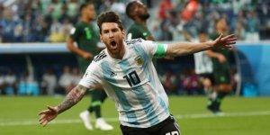 Arjantin son dakikada gruptan çıkmayı başardı