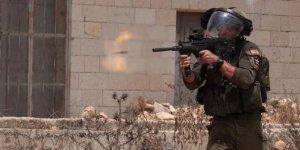 İsrail Nablus'ta bir Filistinliyi yaraladı
