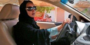 Arabistan kadınları da artık gökyüzünde
