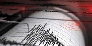 VAN'ın Çaldıran ilçeside  korkutan deprem!