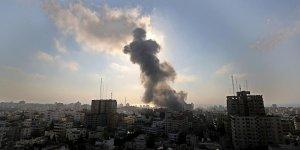 Ateşkese rağmen Gazze'ye tank atışı!