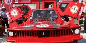 Dört çeker elektrikli otomobil ürettiler