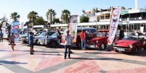 """Bodrum'da """"Klasik Otomobil Festivali"""" düzenlendi"""
