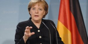 Merkel'den, Türkiye ekonomisi ile ilgili kritik açıklama!