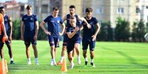 Başakşehir maçını Rumen hakem düdük çalacak!