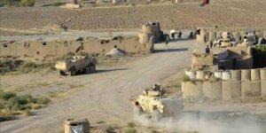 Taliban militanları kampa saldırdı